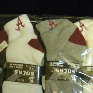 Alabama footie socks $4